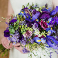 wedding-flowers-and-decor-purple